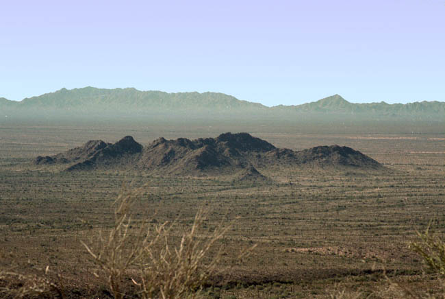 Agua Dulce mountains in the distance viewed from Temporal Pass